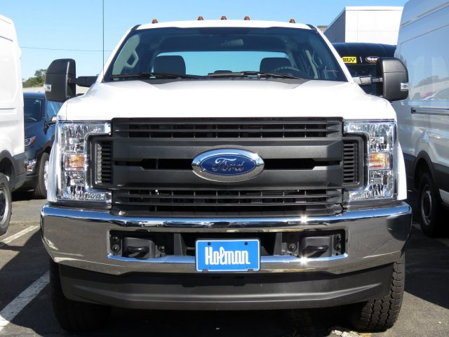 2019 F-350 Super Cab 4x4,  Reading Service Body #KEC58721 - photo 3