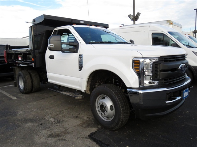 2019 F-350 Regular Cab DRW 4x4,  Reading Dump Body #KED03148 - photo 4