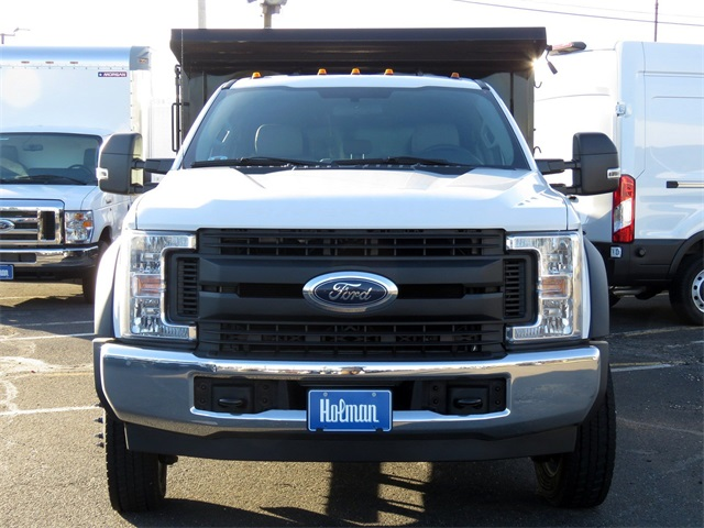 2019 F-550 Crew Cab DRW 4x2,  Reading Landscaper SL Landscape Dump #KED72253 - photo 4