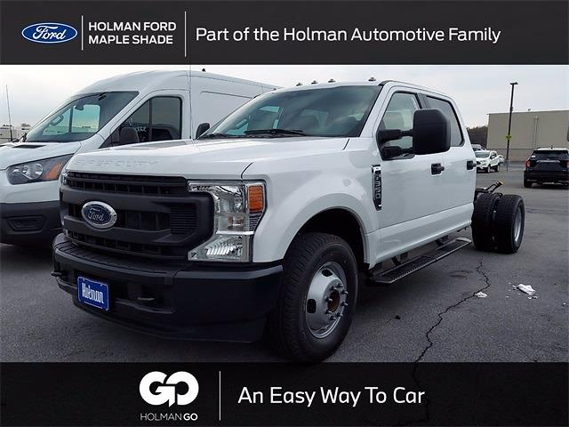 2021 Ford F-350 Crew Cab DRW 4x2, Cab Chassis #MED26130 - photo 1
