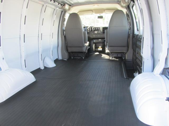 2014 Express 3500, Cargo Van #A34898 - photo 4