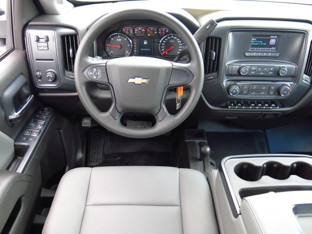 2016 Silverado 3500 Crew Cab 4x4, Reading Service Body #GF181190 - photo 10