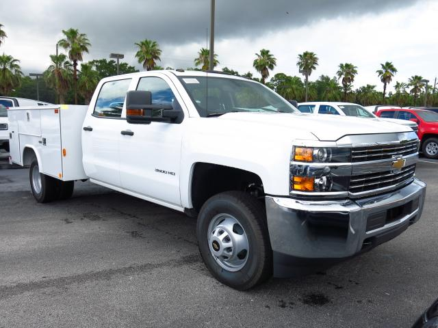 2016 Silverado 3500 Crew Cab 4x4, Reading Service Body #GF181190 - photo 4