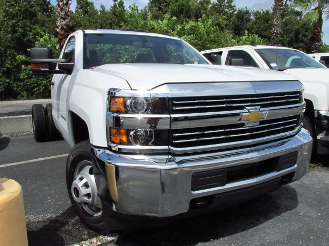 2016 Silverado 3500 Regular Cab 4x4 Cab Chassis #GF251912 - photo 4