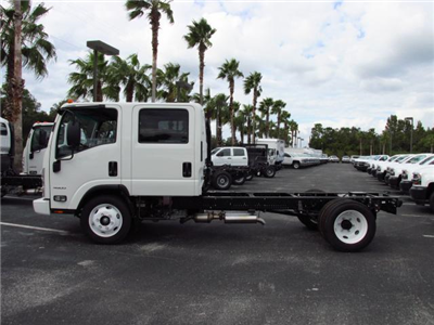 2016 Low Cab Forward Crew Cab, Cab Chassis #GS808995 - photo 3