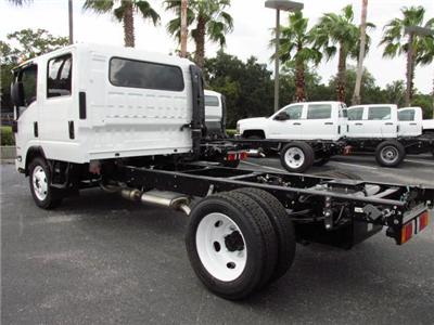 2016 Low Cab Forward Crew Cab Cab Chassis #GS808995 - photo 2