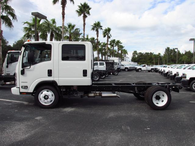 2016 Low Cab Forward Crew Cab, Cab Chassis #GS809000 - photo 3