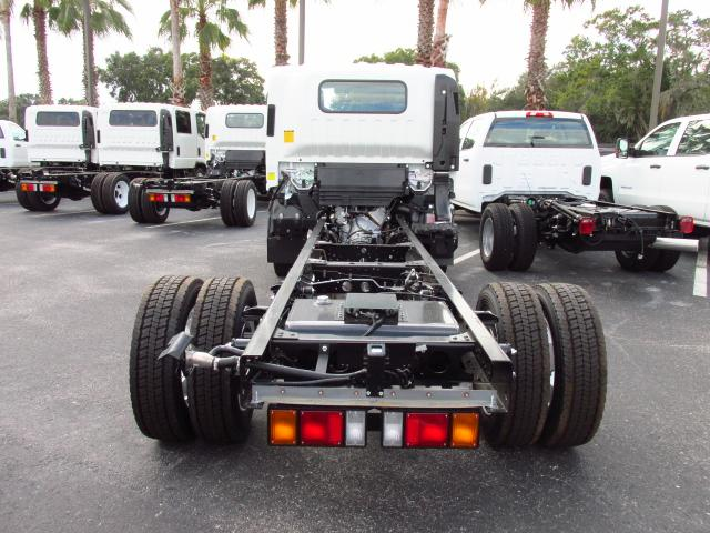 2016 Low Cab Forward Regular Cab, Cab Chassis #GS809364 - photo 4