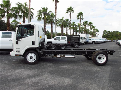 2016 Low Cab Forward Regular Cab, Cab Chassis #GS809365 - photo 3