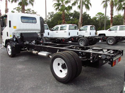 2016 Low Cab Forward Regular Cab, Cab Chassis #GS809365 - photo 2