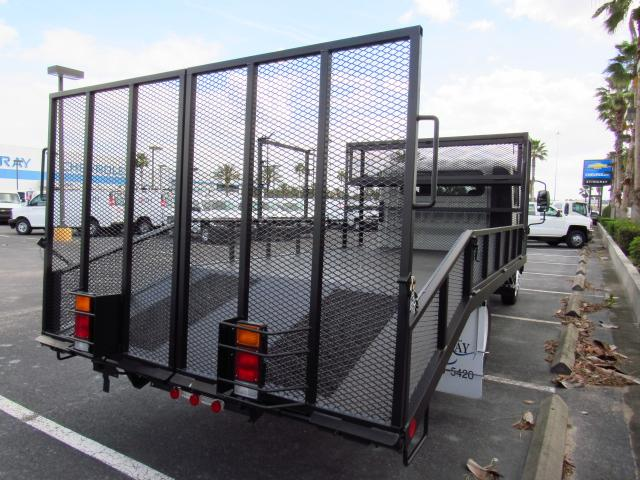 2016 Low Cab Forward Crew Cab, Womack Equipment Trailers, Inc Dovetail Landscape #GS809456 - photo 4