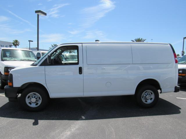 2017 Express 2500, Cargo Van #H1123724 - photo 3