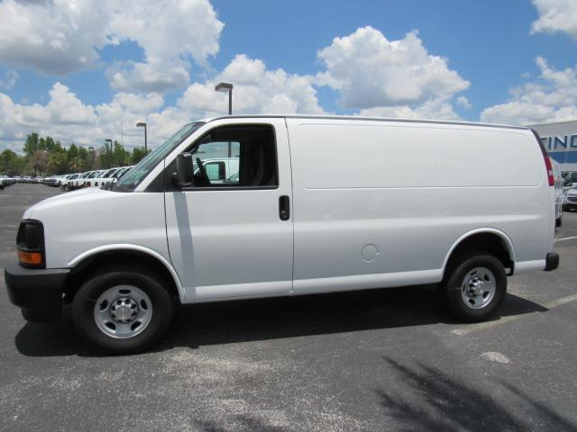 2017 Express 2500 Cargo Van #H1137082 - photo 4