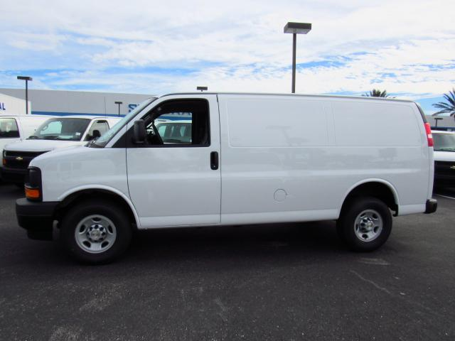 2017 Express 2500, Cargo Van #H1145563 - photo 3
