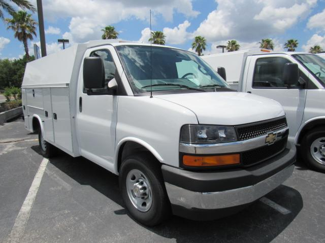 2017 Express 3500, Knapheide Service Utility Van #H1156106 - photo 4