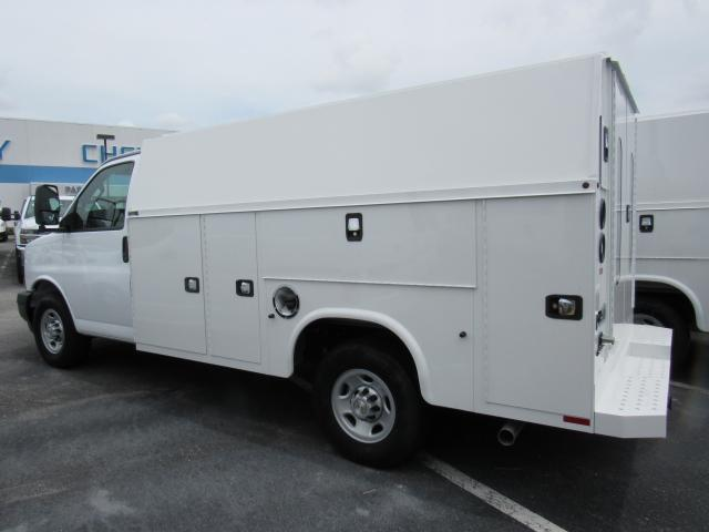 2017 Express 3500, Knapheide Service Utility Van #H1156138 - photo 2