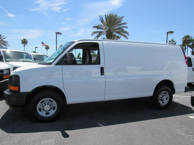 2017 Express 2500, Cargo Van #H1162676 - photo 3