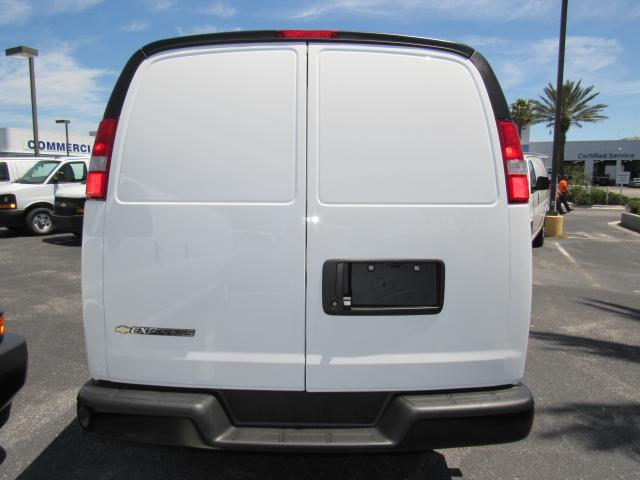 2017 Express 2500, Cargo Van #H1184764 - photo 5