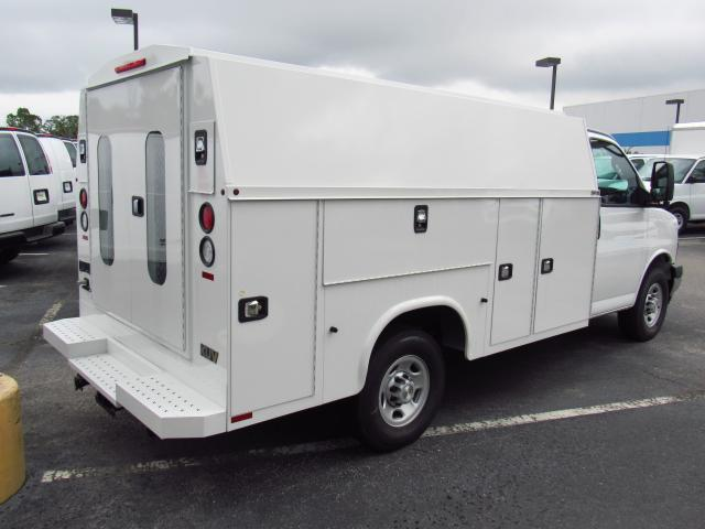 2017 Express 3500, Knapheide Service Utility Van #H1208493 - photo 2