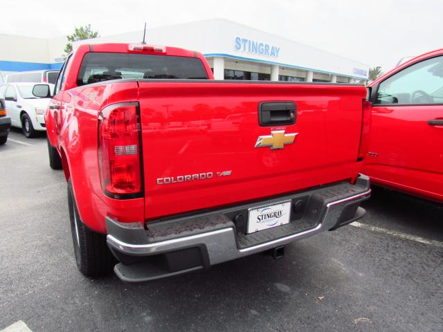 2017 Colorado Crew Cab 4x4, Pickup #H1245688 - photo 2