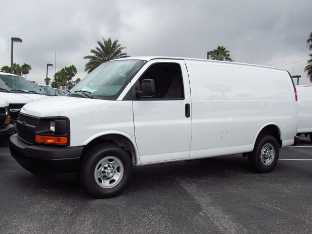 2017 Express 2500 Cargo Van #H1326528 - photo 1