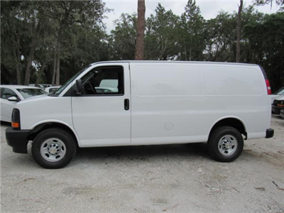 2017 Express 2500, Cargo Van #H1346405 - photo 3