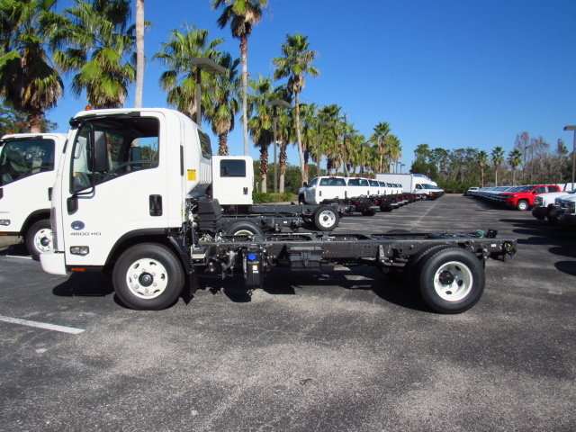 2017 Low Cab Forward Regular Cab, Cab Chassis #H7003039 - photo 3