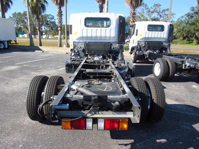 2017 Low Cab Forward Regular Cab 4x2,  Cab Chassis #H7003039 - photo 4