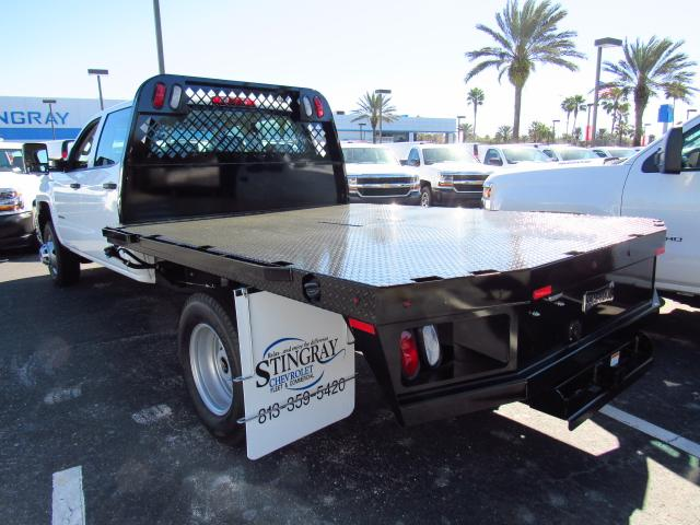 2017 Silverado 3500 Crew Cab 4x4, Platform Body #HF107226 - photo 2