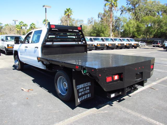 2017 Silverado 3500 Crew Cab, Platform Body #HF123598 - photo 2