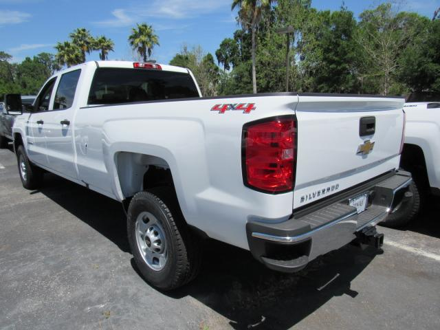 2017 Silverado 2500 Crew Cab 4x4, Pickup #HF172586 - photo 2