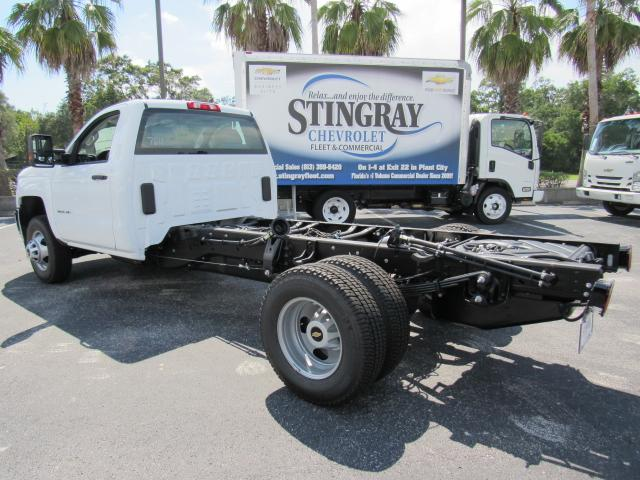 2017 Silverado 3500 Regular Cab 4x4, Cab Chassis #HF227611 - photo 2