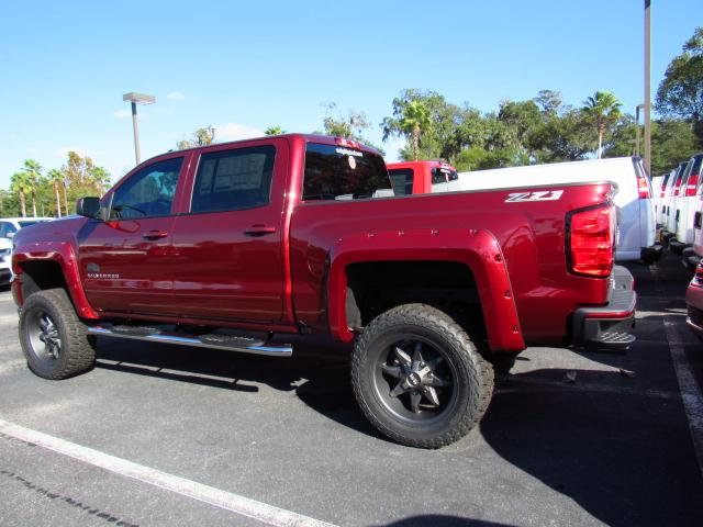 2017 Silverado 1500 Crew Cab 4x4, Pickup #HG186734 - photo 2