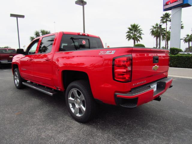 2017 Silverado 1500 Crew Cab 4x4, Pickup #HG246204 - photo 2