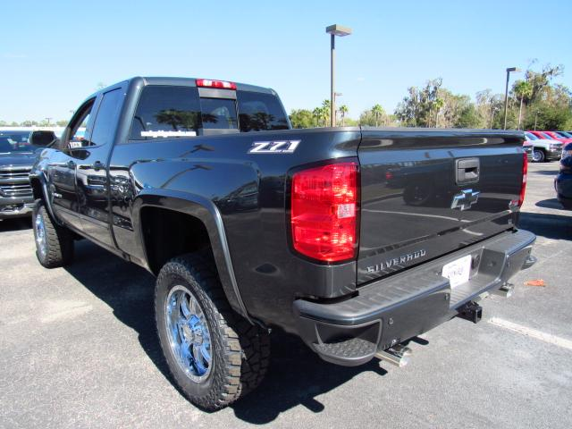 2017 Silverado 1500 Double Cab 4x4, Pickup #HZ209555 - photo 2