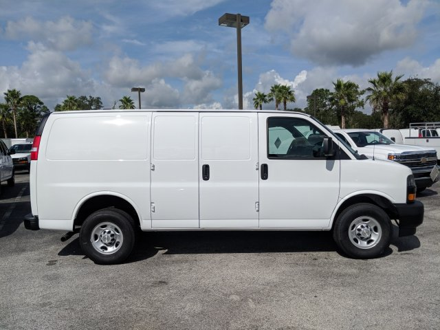 2018 Express 2500 4x2,  Empty Cargo Van #J1333293 - photo 6