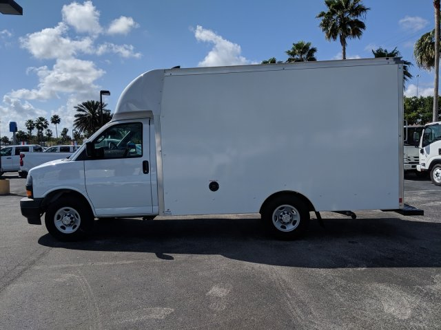 2018 Express 3500 4x2,  Supreme Spartan Cargo Cutaway Van #J1337369 - photo 7