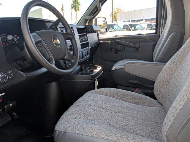 2018 Express 3500 4x2,  Rockport Cutaway Van #J1339541 - photo 14