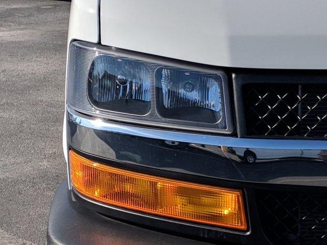 2018 Express 3500 4x2,  Rockport Cutaway Van #J1339541 - photo 8