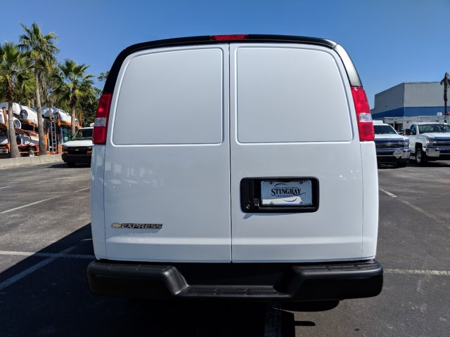 2018 Express 2500 4x2,  Empty Cargo Van #J1345512 - photo 6