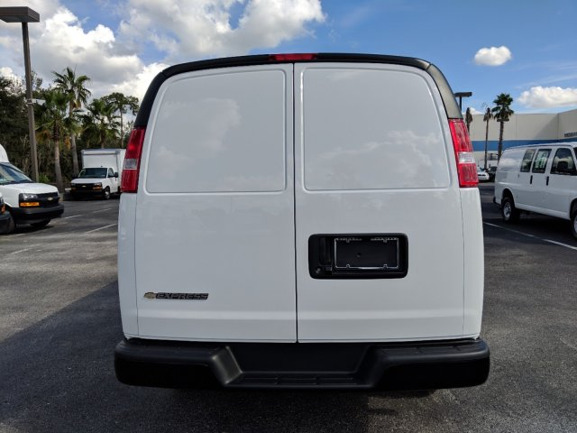 2018 Express 2500 4x2,  Empty Cargo Van #J1345678 - photo 8