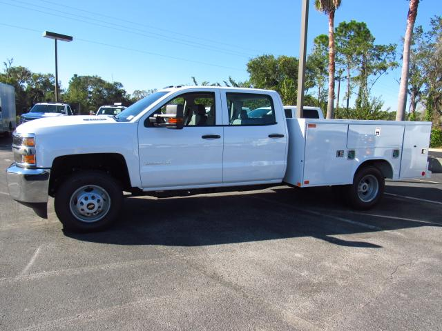 2018 Silverado 3500 Crew Cab Service Body #JF119571 - photo 3