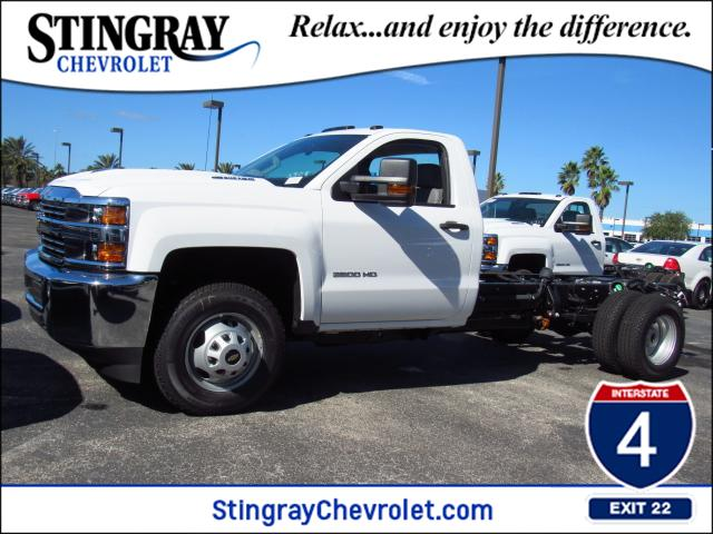 2018 Silverado 3500 Regular Cab DRW 4x4 Cab Chassis #JF133908 - photo 1
