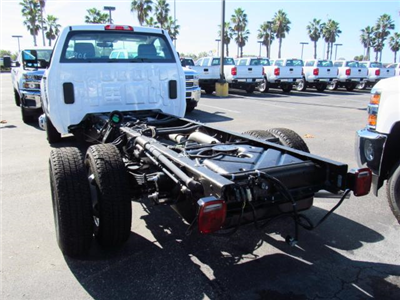 2018 Silverado 3500 Regular Cab DRW 4x4 Cab Chassis #JF133908 - photo 2