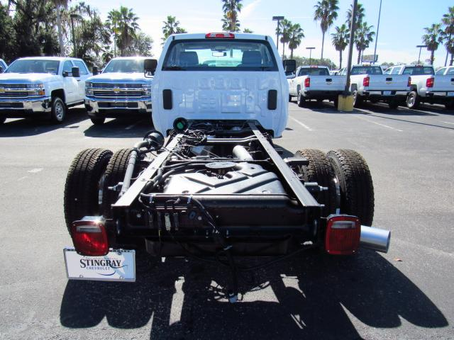 2018 Silverado 3500 Regular Cab DRW 4x4, Cab Chassis #JF136733 - photo 4