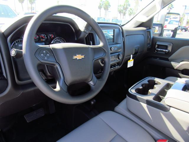 2018 Silverado 3500 Regular Cab DRW 4x4, Cab Chassis #JF136733 - photo 8