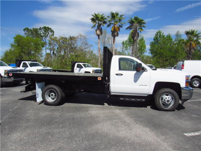 2018 Silverado 3500 Regular Cab DRW 4x4,  Knapheide Value-Master X Platform Body #JF136733 - photo 3