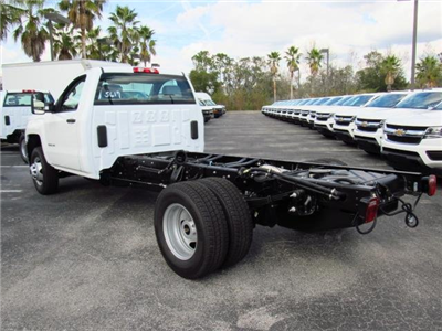 2018 Silverado 3500 Regular Cab DRW 4x4,  Cab Chassis #JF175617 - photo 2