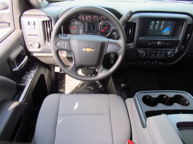 2018 Silverado 3500 Crew Cab 4x4, Pickup #JF205517 - photo 10
