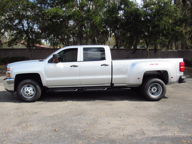 2018 Silverado 3500 Crew Cab 4x4, Pickup #JF205517 - photo 3